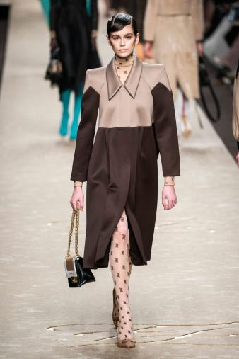 fendi-fall-2019-collection-35